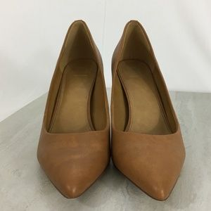 14th & Union Maty Pointed Toe Pump Size 8